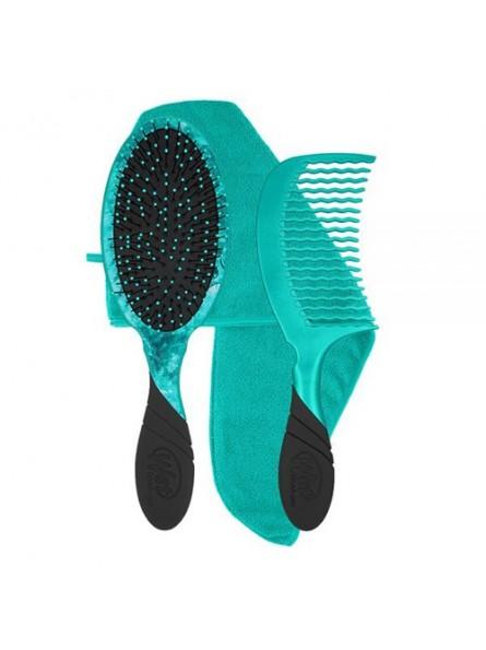WETBRUSH TLC KIT plaukų priežiūros rinkinys (ovalus plaukų šepetys + šukos + rankšluostis)
